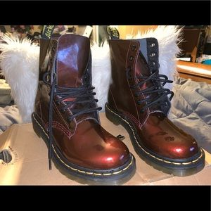 Dr. Marten Cherry Red Pascal